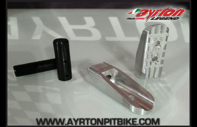 Motard Pit Bike Platforms With Integrated Pads